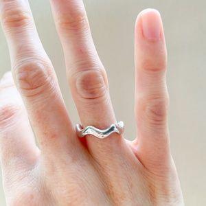 Tiffany & Co. | Elsa Peretti Wave Ring